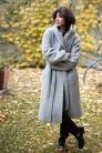 Płaszcz z kapturem z wełny jasnoszary