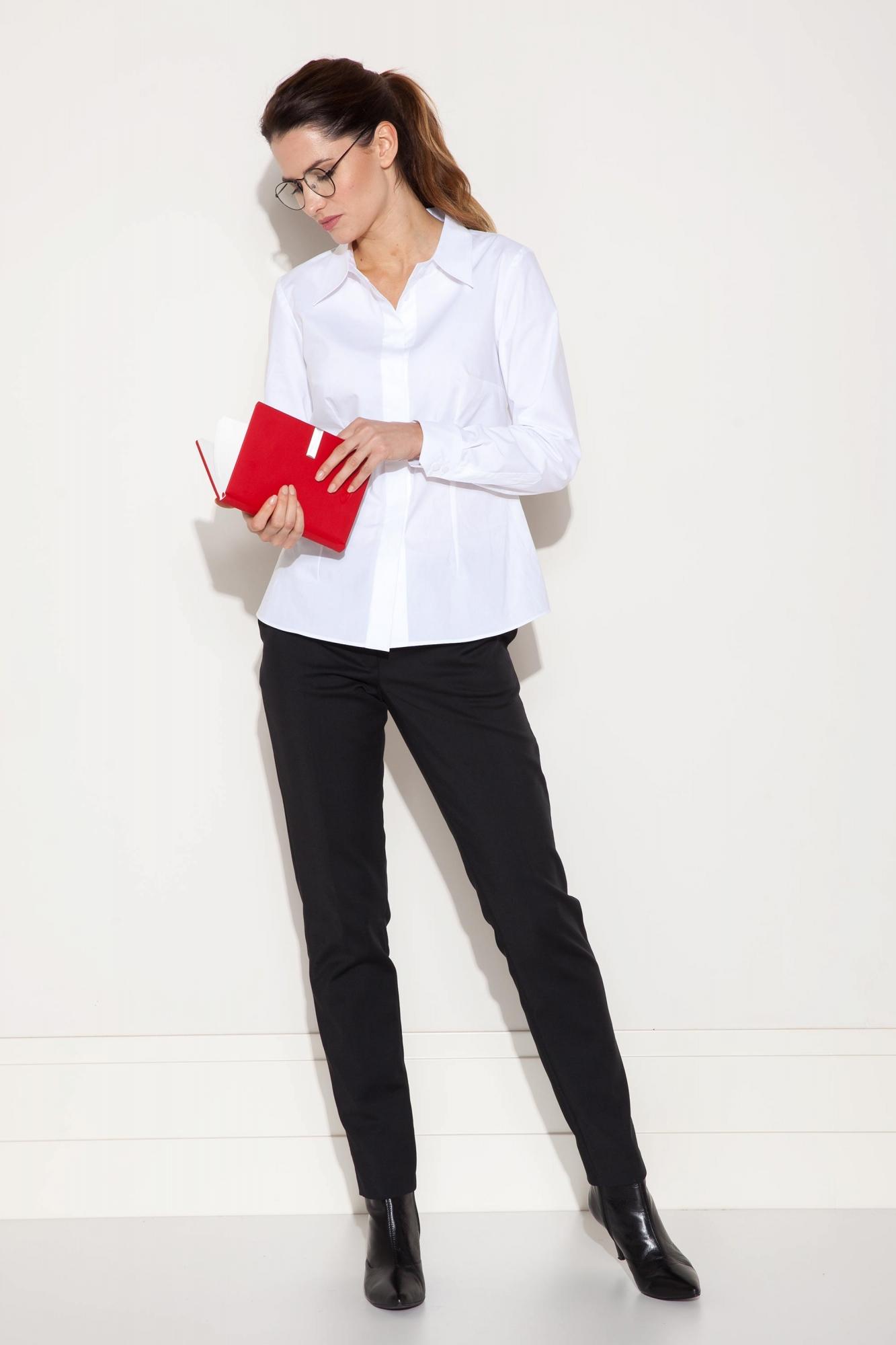 0cc5c2e85ca7b Biała damska koszula, klasyczna, z bawełny - sklep Beata Cupriak