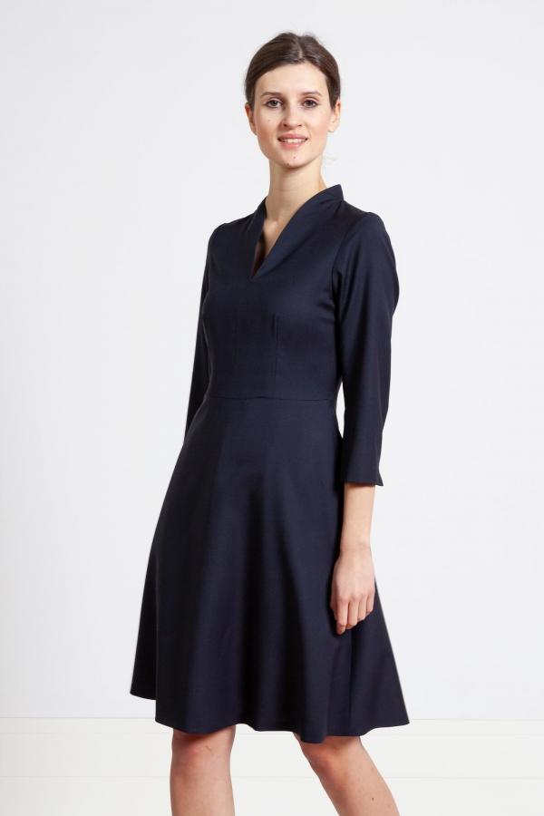 Sukienka z wełny garniturowej, na miarę. Beata Cupriak