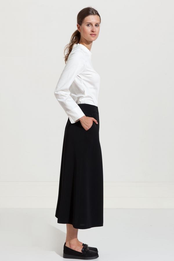 Szerokie spodnie na miarę. Beata Cupriak