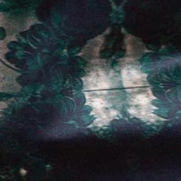 Zielonoczarny jedwab
